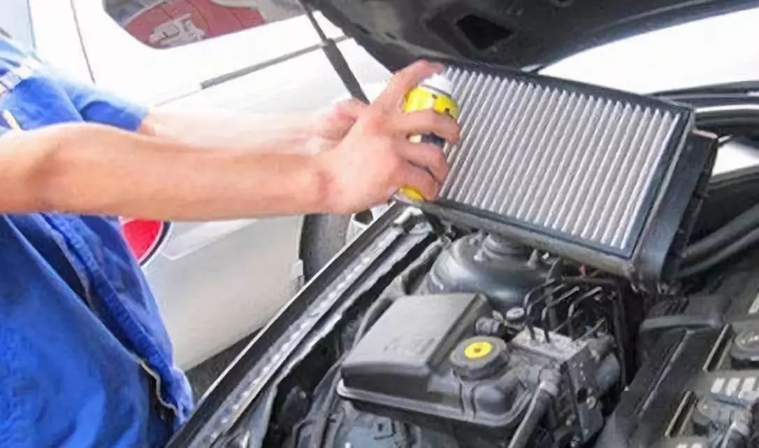 What happens if the gasoline filter is dirty?