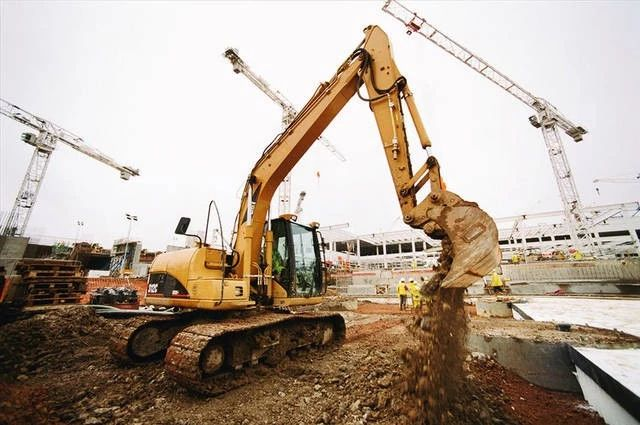 What does an excavator filter do?
